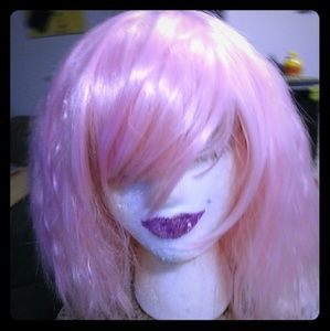 Other - Adorable pink synthetic wavy wig!👩